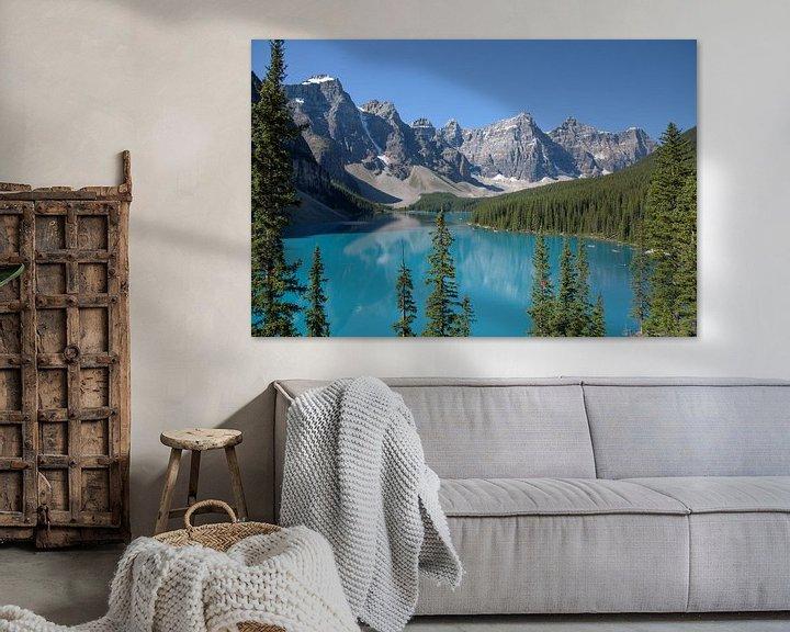 Beispiel: Morraine Lake in de Canadese Rocky Mountains von Arjen Tjallema