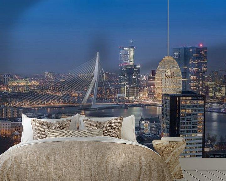 Sfeerimpressie behang: Panorama skyline Rotterdam (kleur) van PJS foto