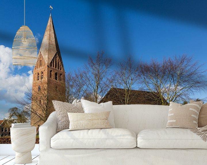 Sfeerimpressie behang: Hervormde kerk met vrijstaande toren in Schildwolde van Arline Photography