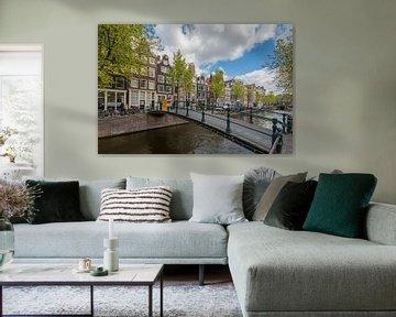 Loopbruggetje Brouwersgracht Amsterdam van Foto Amsterdam / Peter Bartelings