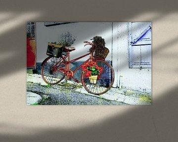 Fahrrad mit Blumen in Saint-Valery-sur-Somme von Jan Sportel Photography