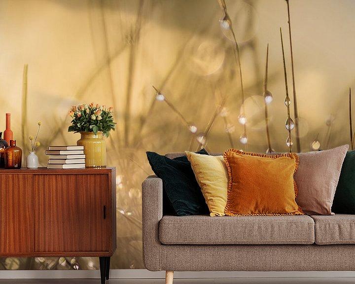 Sfeerimpressie behang: Lovely Dew van Martzen Fotografie