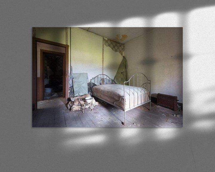 Beispiel: Verlassenes Schlafzimmer. von Roman Robroek