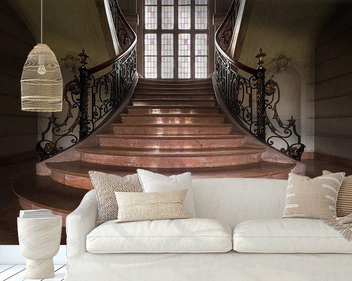 Beispiel fototapete: Verlassene Treppe in einem Schloss. von Roman Robroek