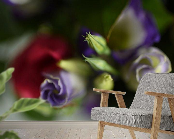 Sfeerimpressie behang: Bloemen van Grietje van der Reijnst-Brak
