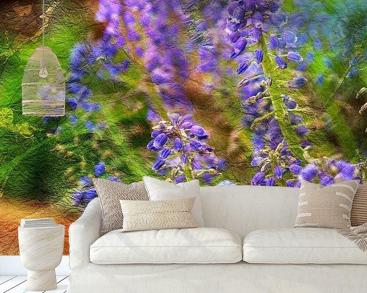 Sfeerimpressie behang: MUSCARI  van Pia Schneider