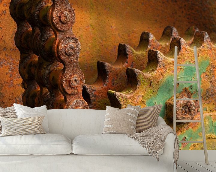 Sfeerimpressie behang: Verroeste tandwielen met kettingen van Paul Wendels