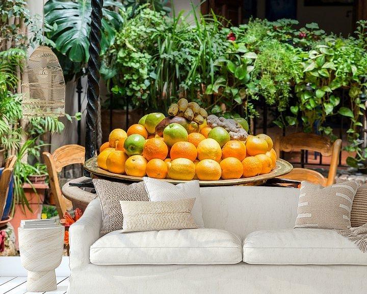 Sfeerimpressie behang: schaal met vers fruit van Compuinfoto .