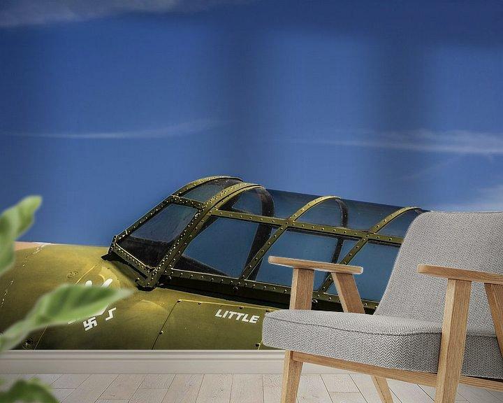 Sfeerimpressie behang: Spitfire  van Leo Hoogendijk