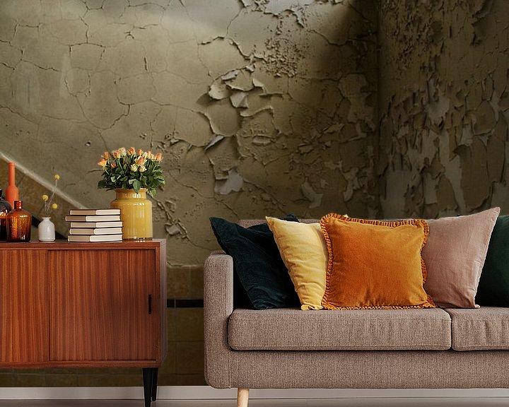 Beispiel fototapete: Een oude muur met bladderend behang von Melvin Meijer