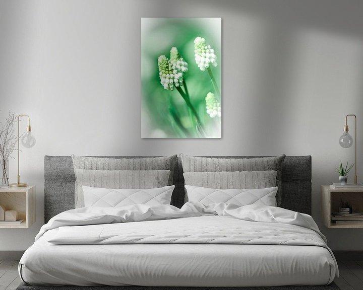 Sfeerimpressie: Witte druif hyacinth van Lily Ploeg