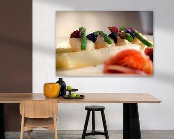 Kleurrijke asperges van Maikel Brands