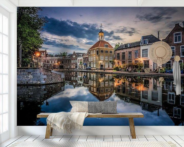 Sfeerimpressie behang: Zakkendragershuisje Schiedam van Bram Kool