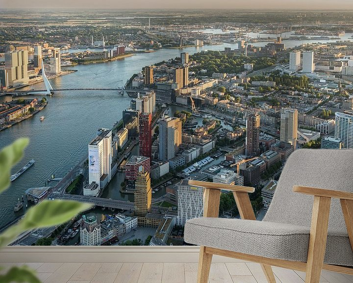 Sfeerimpressie behang: Luchtfoto centrum Rotterdam, Skyline en Martkhal van Prachtig Rotterdam