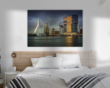 Skyline Rotterdam Erasmusbrücke Willemskade von Manon Ruitenberg