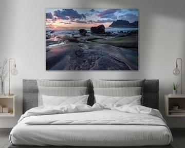 Zonsondergang op het strand van Utakleiv (Lofoten) - 2