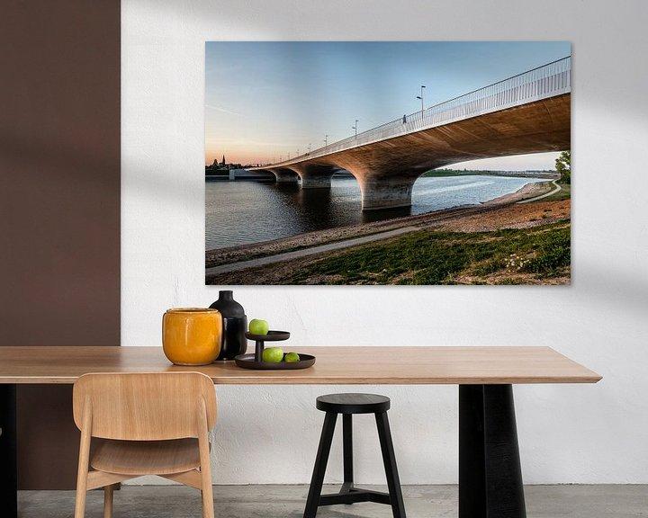 Sfeerimpressie: Aanloop Waalbrug 2, Nijmegen van Hans Hebbink