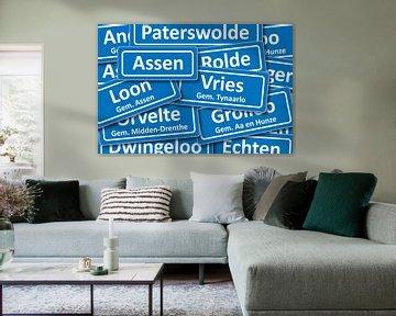 Verkeersbord plaatsnamen in Drenthe von Mark Rademaker