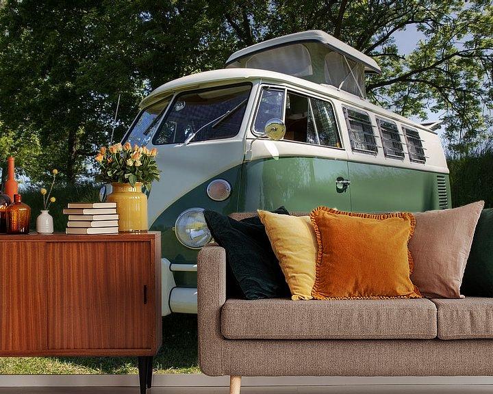 Sfeerimpressie behang: VW-busje T1 camper van Jolanda van Eek