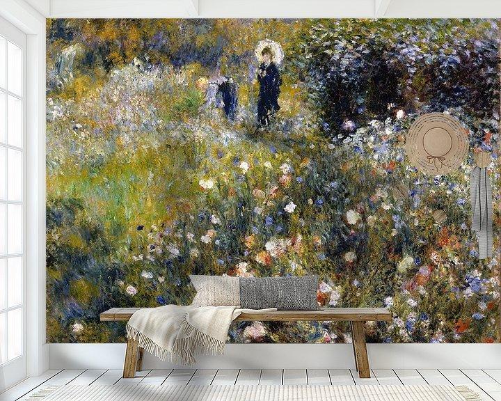 Sfeerimpressie behang: August Renoir. Vrouw met parasol in tuin