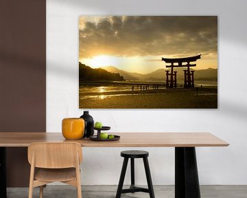 Itsukushima-schrijn, Miyajima, Japan van Marcel Alsemgeest