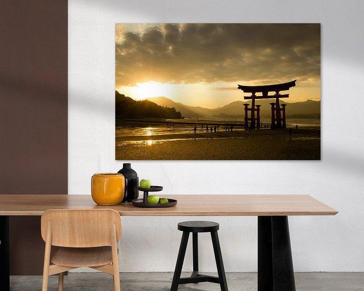Sfeerimpressie: Itsukushima-schrijn, Miyajima, Japan van Marcel Alsemgeest