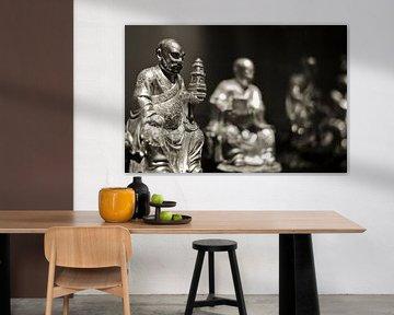 Buddha beeldengroep sepia  von Rob van Keulen