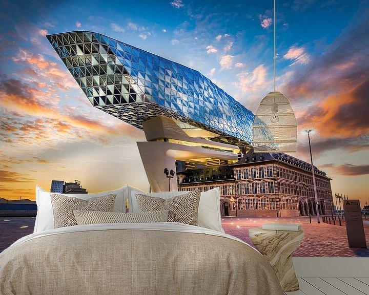 Sfeerimpressie behang: The spaceship has landed  (Haven van Antwerpen 10-06-2017)  van Etienne Hessels