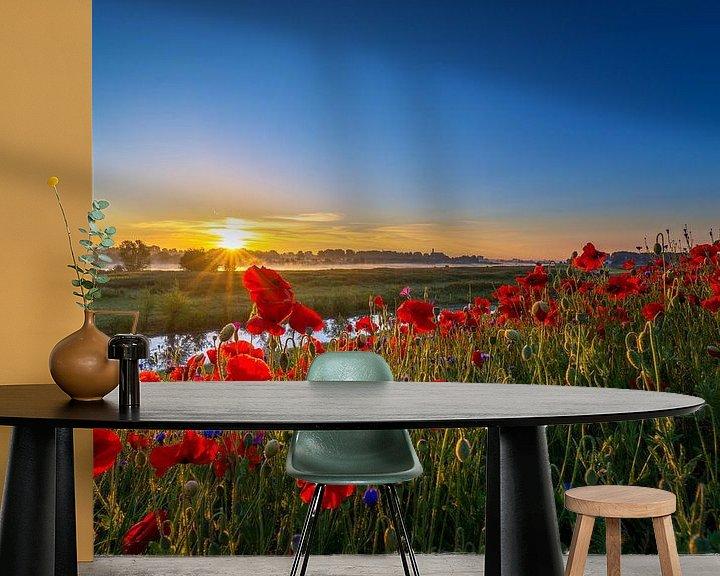 Sfeerimpressie behang: Poppy Colors I van Sander Peters Fotografie