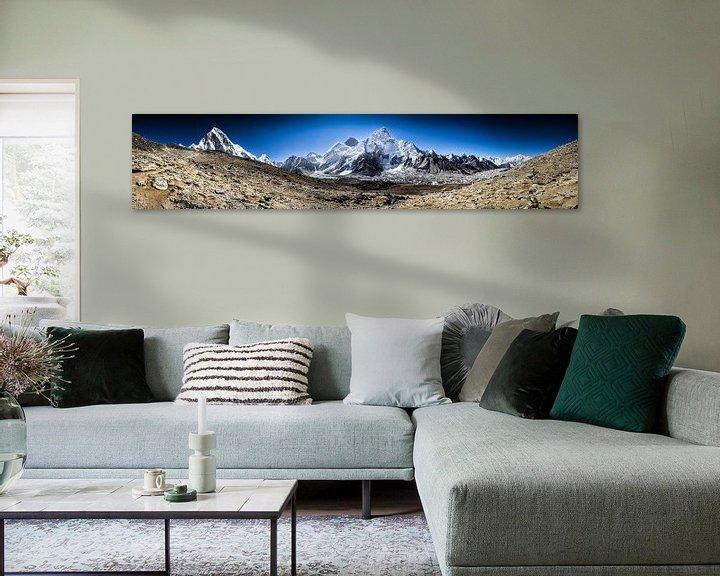 Sfeerimpressie: Mount Everest Panorama   van Björn Jeurgens