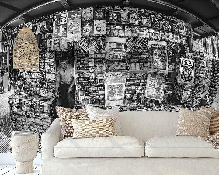 Sfeerimpressie behang: Kiosk in Buenos Aires van Ronne Vinkx