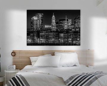 BOSTON Avond skyline van North End   monochroom van Melanie Viola