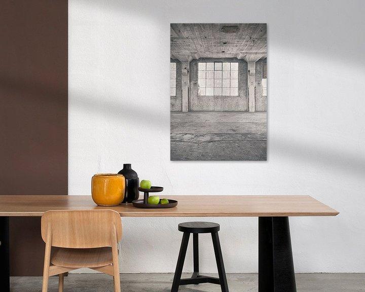 Sfeerimpressie: Verlaten plekken: Sphinx fabriek Maastricht venster 2. van Olaf Kramer