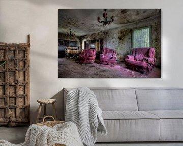 Urbex woonkamer met veel schimmel von Henny Reumerman