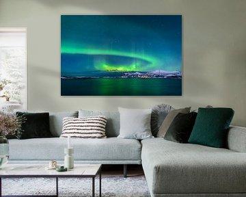 Aurore polaire dans le ciel nocturne du nord de la Norvège sur Sjoerd van der Wal