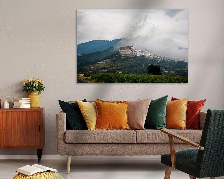 Sfeerimpressie: Assisi in de wolken van Jim van Iterson