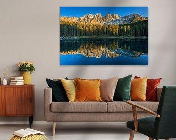 Lago di Carezza van Ronald Kamphuis