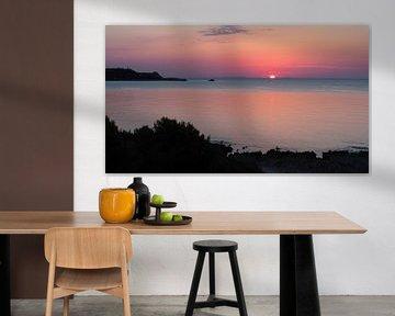 Sonnenaufgang am Meer, fantastische Farben, Mallorca von Edeltraut K. Schlichting