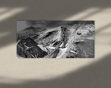 Franse Alpen studie 2 in zwartwit van Mart Stevens