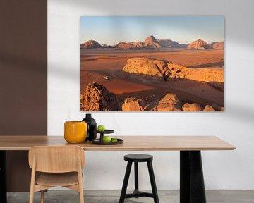 Wadi Rum Sunset - part 1 van Laura Vink