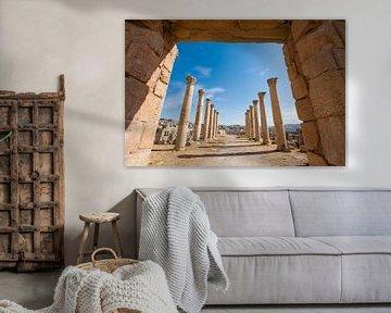 Säulen in Jerash, Jordanien von Laura Vink