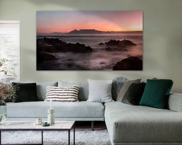 Table Mountain at sunset, Cape Town, South Africa van Mark Wijsman