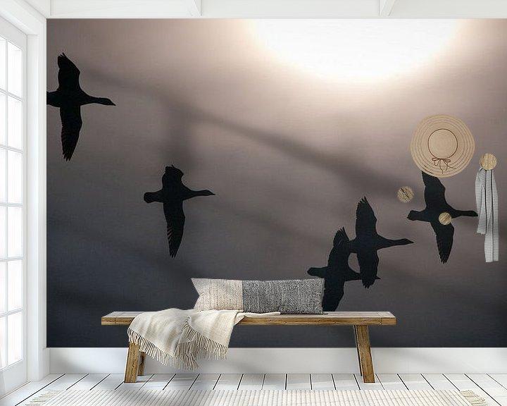 Sfeerimpressie behang: Ganzen en zon van Sybren Visser