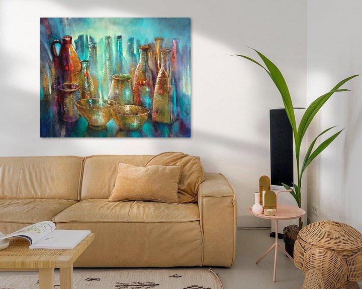 Beispiel: Stillleben mit zwei goldenen Schalen von Annette Schmucker