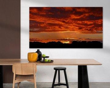 Sundown in Heaven (Avondzon en zonsondergang) van Caroline Lichthart