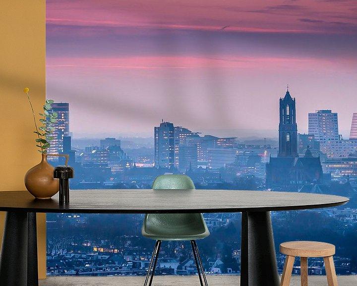 Sfeerimpressie behang: Zonsondergang Skyline Utrecht van Mart Gombert