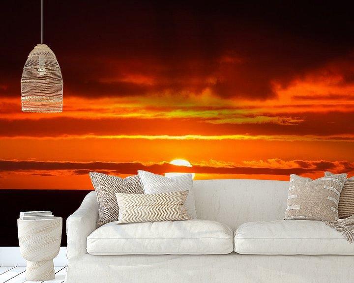 Sfeerimpressie behang: Zonsondergang op IJsland van Menno Schaefer