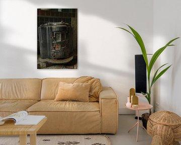 Een oude kachel in een verlaten huis van Melvin Meijer