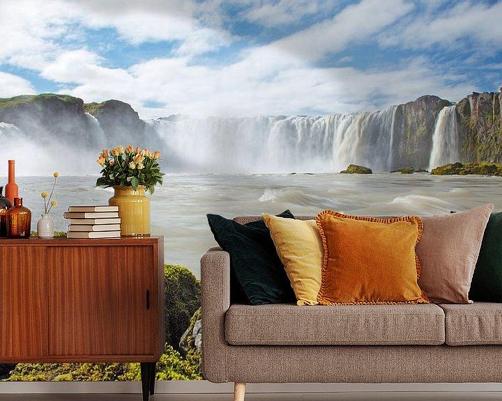 Sfeerimpressie behang: Godafoss IJsland van Menno Schaefer