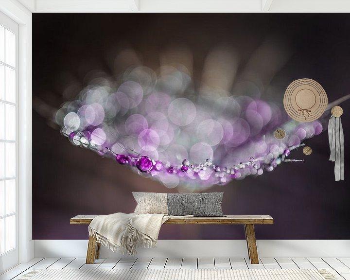 Sfeerimpressie behang: Druppels op een Morgenster pluis van Bert Nijholt